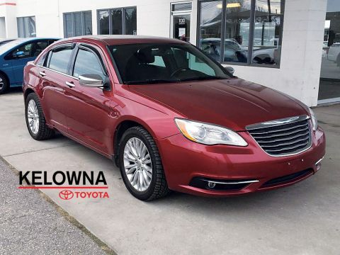 Pre-Owned 2011 Chrysler 200 Limited * HEATED SEATS * SUNROOF * V6 *