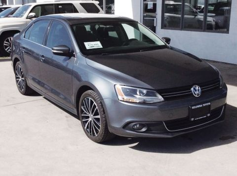 Pre-Owned 2013 Volkswagen Jetta Sedan Highline