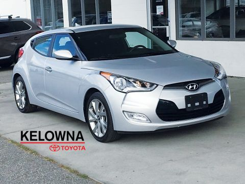 Pre-Owned 2016 Hyundai Veloster SE