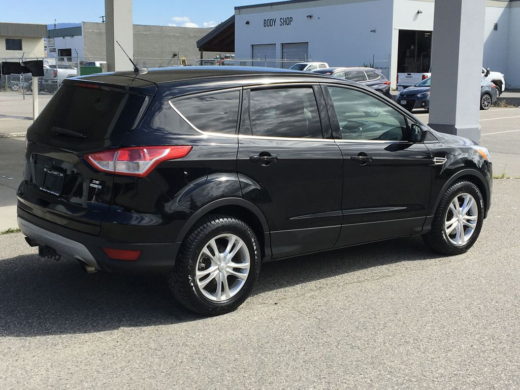 Pre-Owned 2016 Ford Escape SE I Low Km's I 4 Wheel Drive