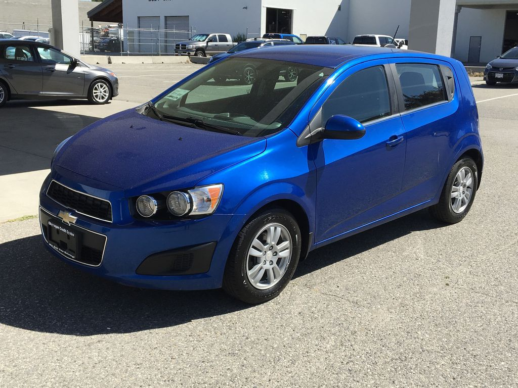Pre-Owned 2016 Chevrolet Sonic LT I XM Radio I A/C I Bluetooth