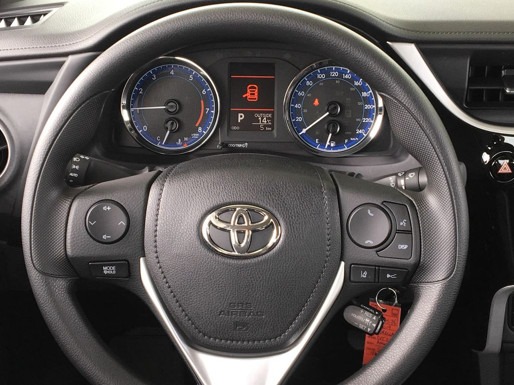 New 2019 Toyota Corolla LE I Heated Seats