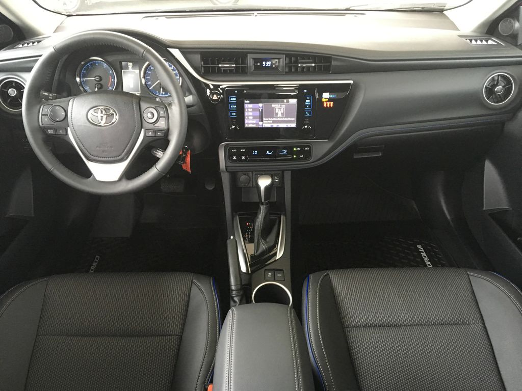 New 2019 Toyota Corolla SE I Upgrade Pkg. I Moonroof I Heated Steering Wheel