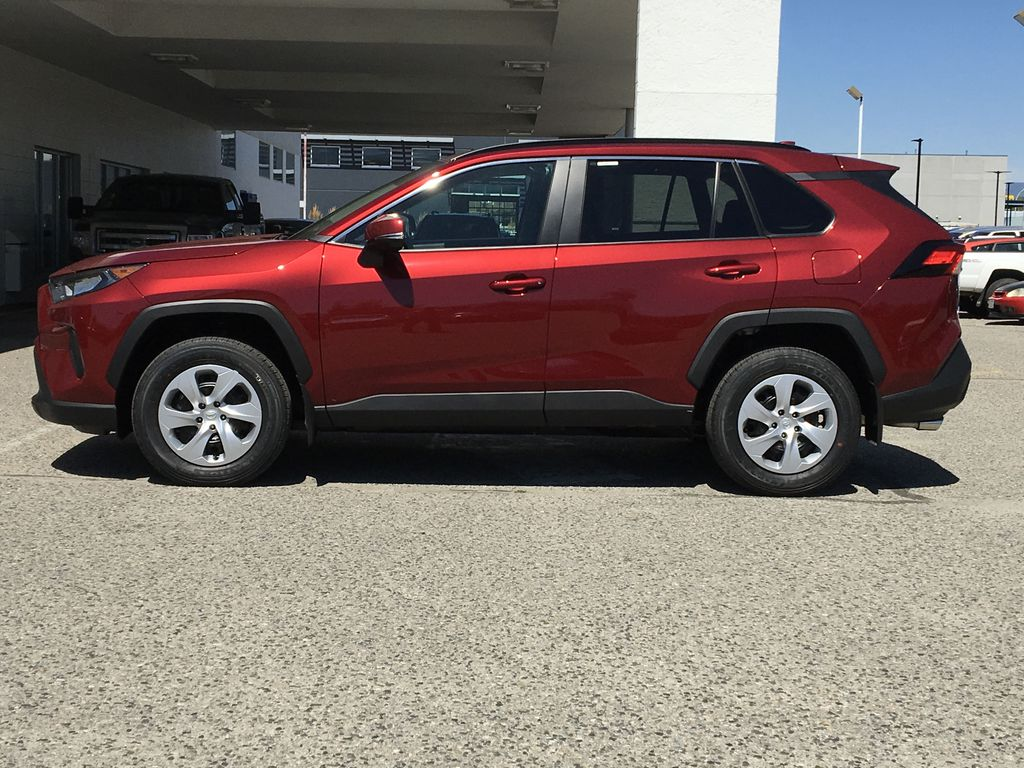 New 2020 Toyota RAV4 LE I All Wheel Drive I Premium Paint