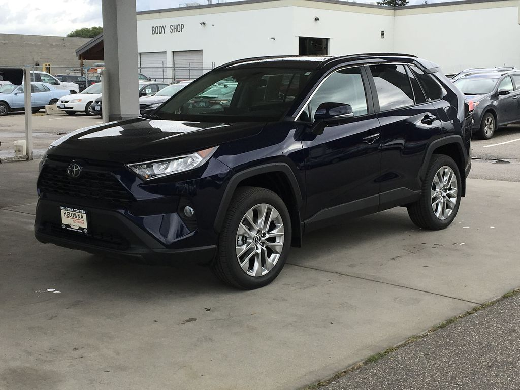 New 2019 Toyota RAV4 XLE I Plus Pkg. I 19 Inch Alloy Wheels