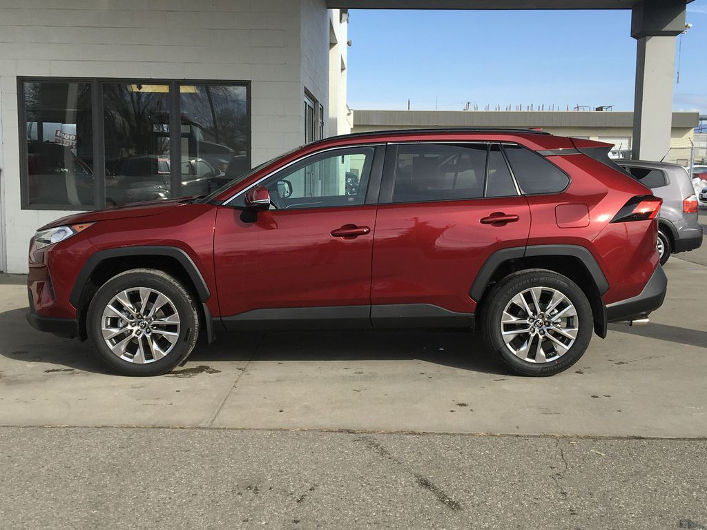 New 2020 Toyota RAV4 XLE Premium I All Wheel Drive I Premium Paint