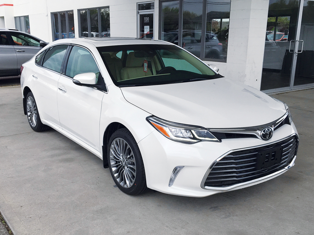 Toyota Avalon Xle Touring Front Wheel Drive