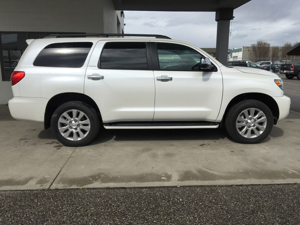 new 2017 toyota sequoia platinum leather i jbl audio i premium paint 4 door sport utility in. Black Bedroom Furniture Sets. Home Design Ideas