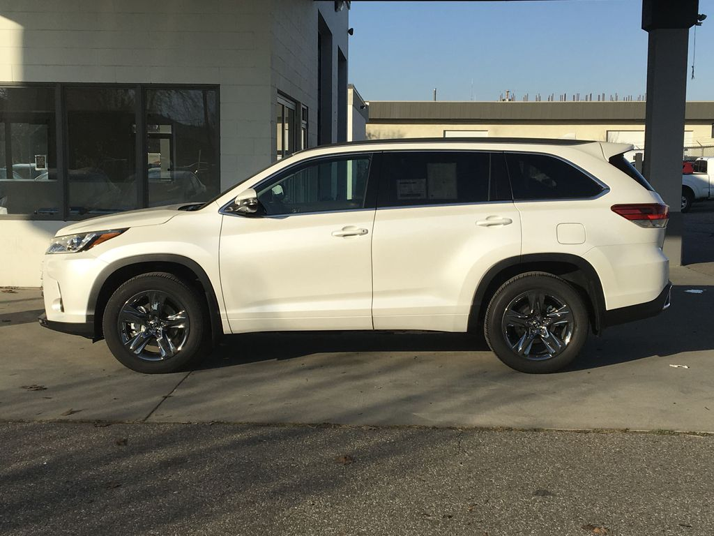 New 2019 Toyota Highlander Limited I JBL Audio I Premium Paint