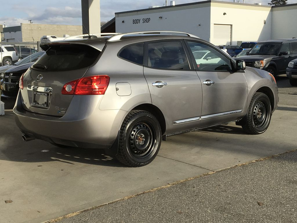 Pre-Owned 2011 Nissan Rogue SL I All Wheel Drive