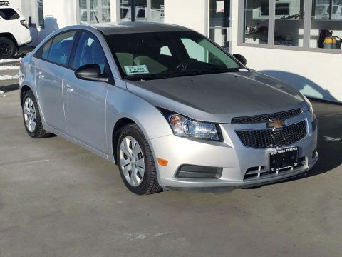 Pre-Owned 2014 Chevrolet Cruze 2LS